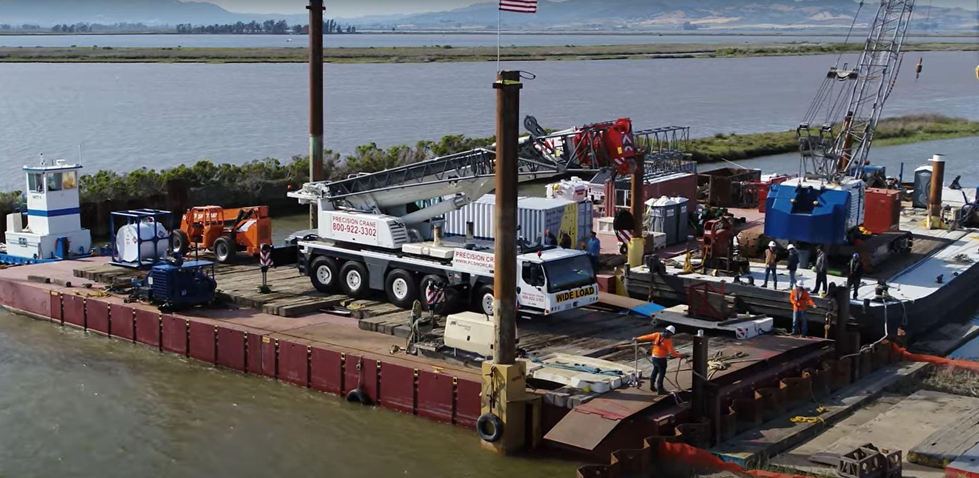 ltm-1220-on-barge-2